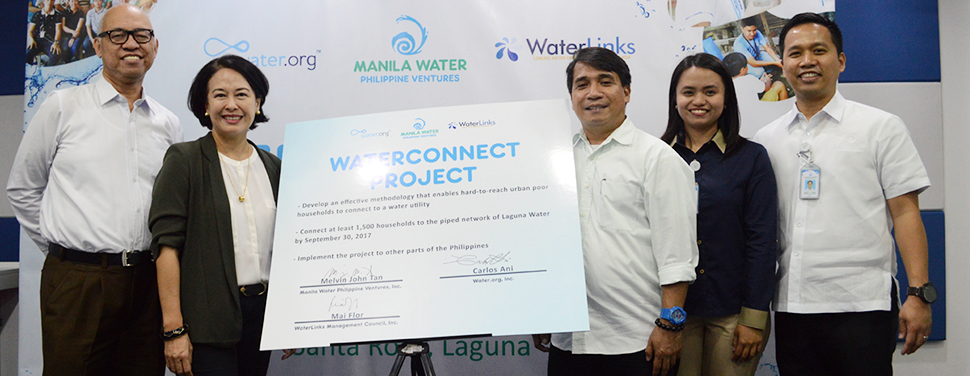 Laguna Water, Water.org, and WaterLinks officially launched the WaterConnect project which aims to make safe and clean water available to all, particularly to low-income families. In-photo (L-R): Water.org Country Director Carlos Ani, WaterLinks Executive Director Mai Flor, WaterConnect Team Leader Bonifer Bautista, Laguna Water Sustainable Development Manager Eunice Christine Ricaforte, and MWPV South Luzon Regional Business Cluster Head and Laguna Water General Manager Melvin John Tan.